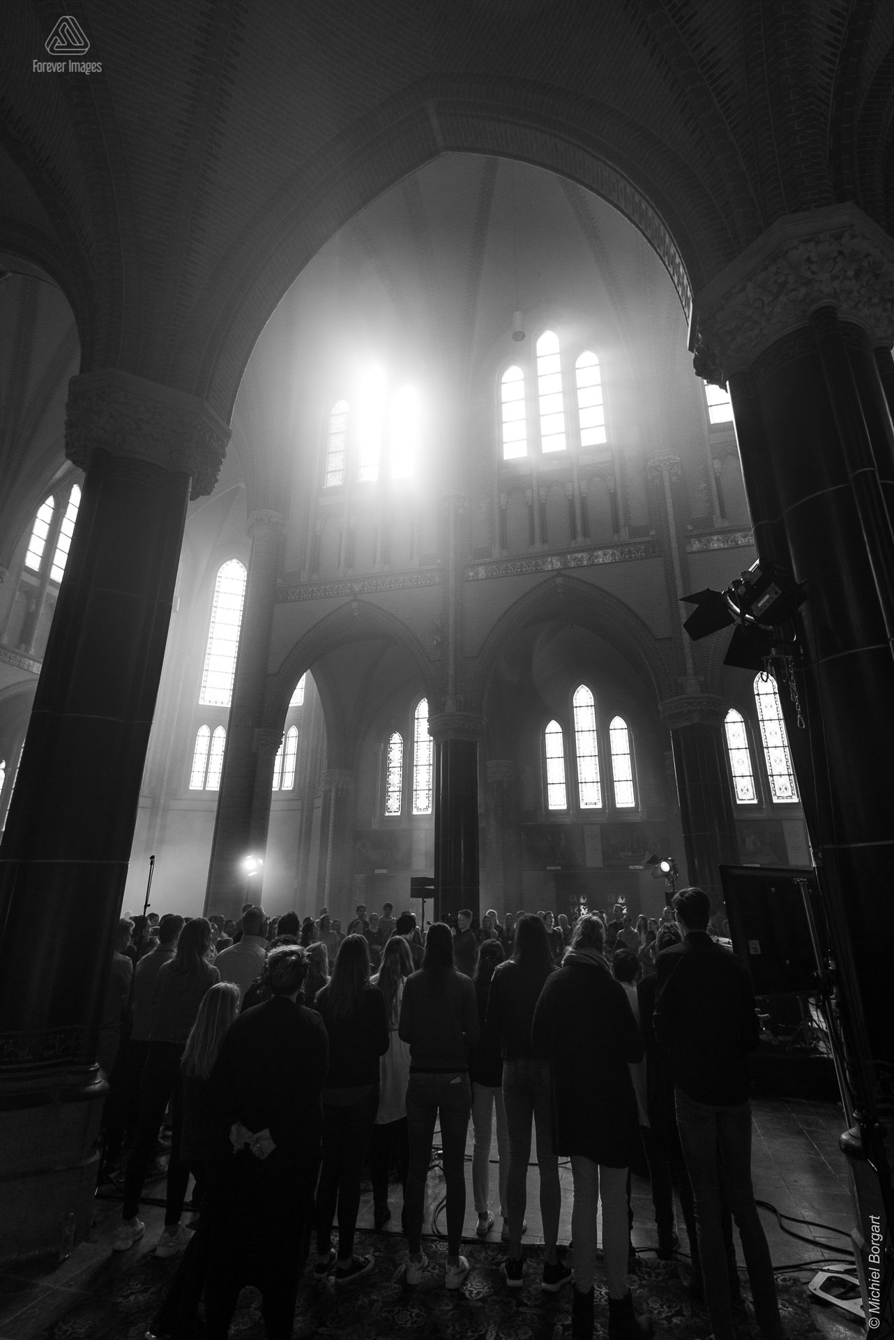 Black and white photo neo-gothic concert worship low key | InSalvation Gouwekerk Gouda | Photographer Michiel Borgart Forever Images.